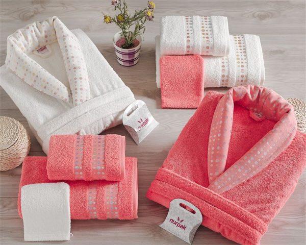 Луксозен семеен комплект за баня от 100% памук 218