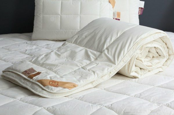 Oлекотена Завивка - Wool Quilt Двоен 216