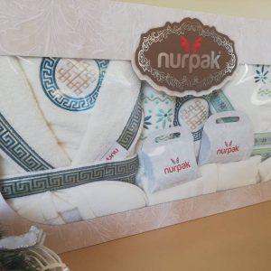 Луксозен семеен комплект за баня от 100% памук Код 353